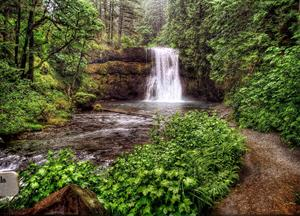 The One Park In Oregon With Waterfalls, Camping, Trails, And A Beach Truly Has It All